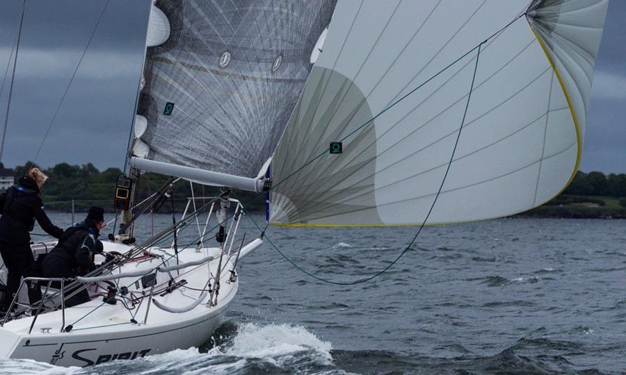 The Lowdown on Headsail Options - Articles - Quantum Sails